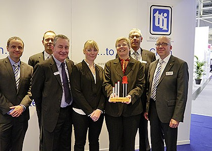 KINGBRIGHT rewards TTI for outstanding sales success in 2013